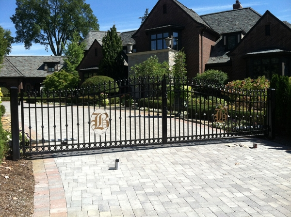 Custom Wrought Iron Fences Northville MI - San Marino Iron Works - 059